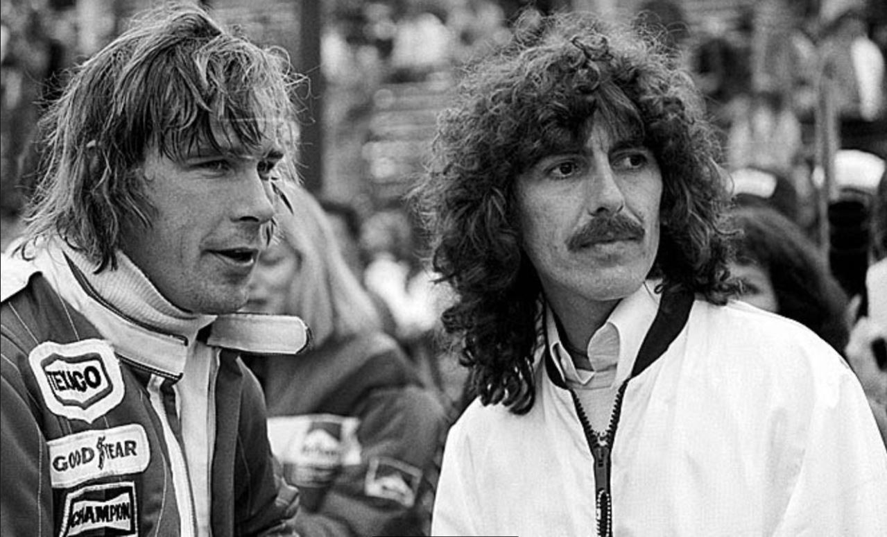James Hunt y el ex Beatle Harrison