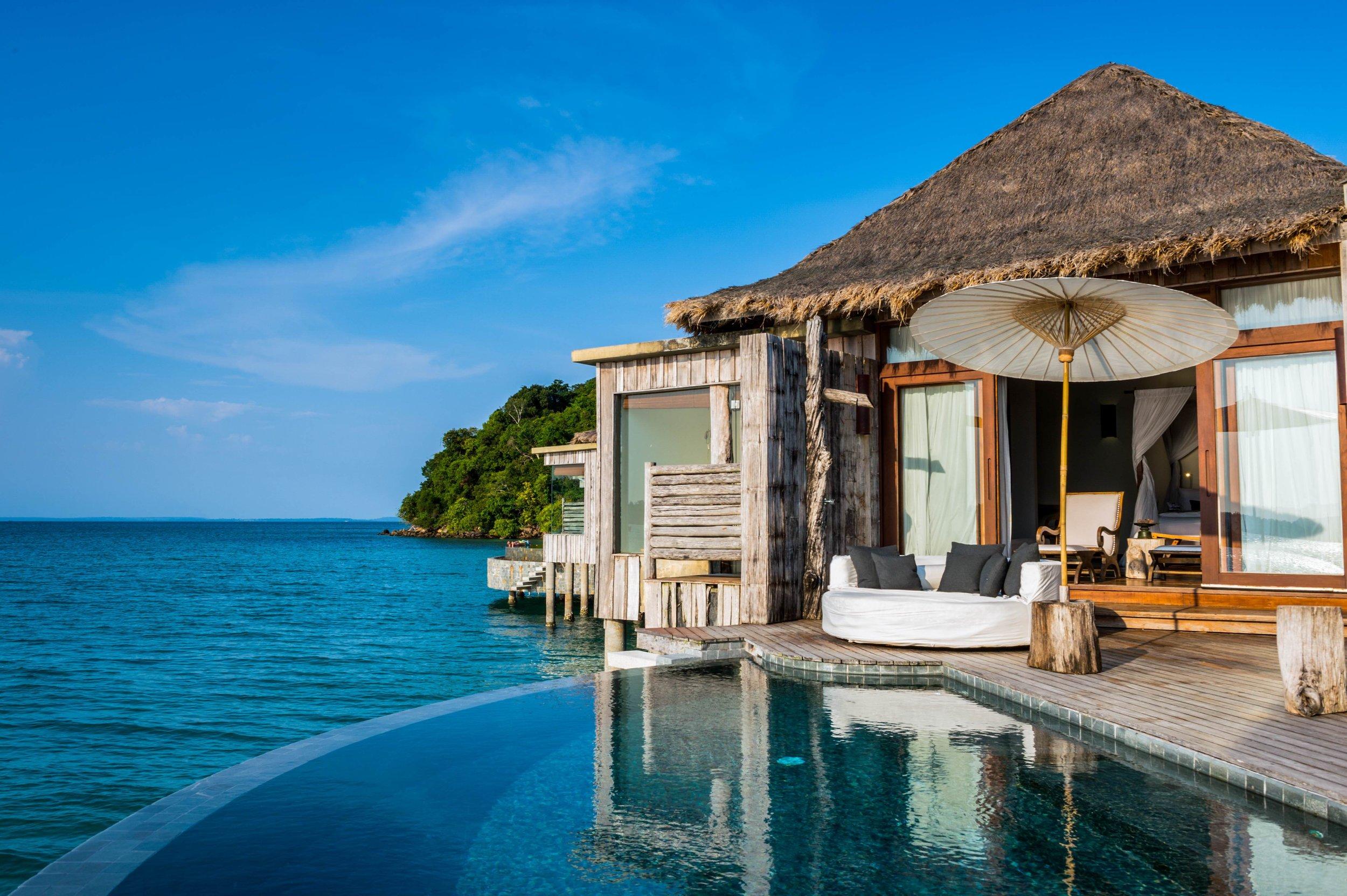 Reto-Guntli-overwater-villa-interior-song-saa-private-island-2015-8-2.jpg