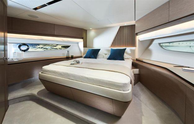 princess_yachts-y85 2.jpg
