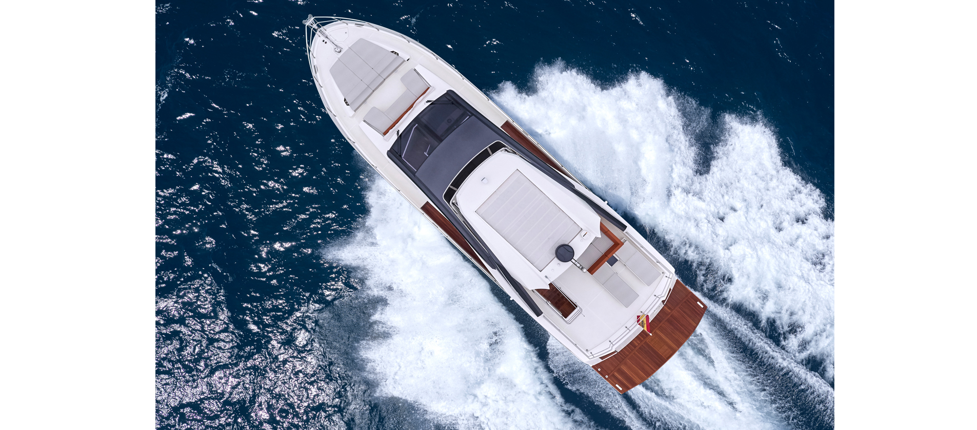 Astondoa Flybridge 66