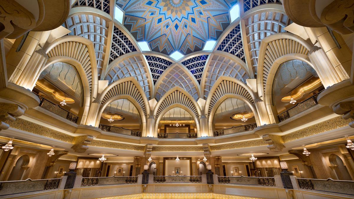 Gran Cúpula Central del edificio principal de Hotel Kempinski Emirates Palace