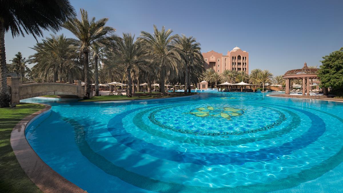 kiauh_east-pool-2.jpg
