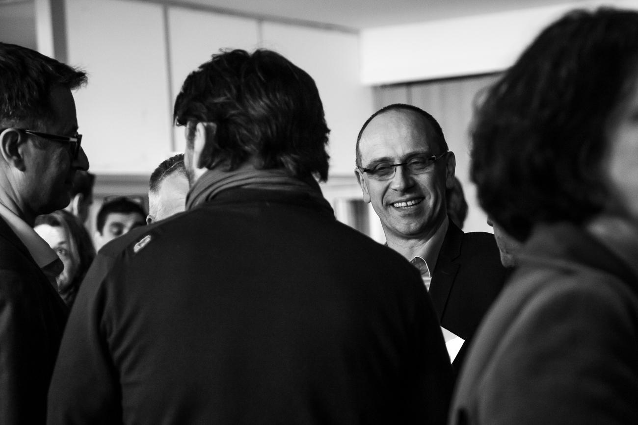 un invité souriant - photoreportage pour gan patrimoine, convention nationale 2018 au grand palais de lille.jpg