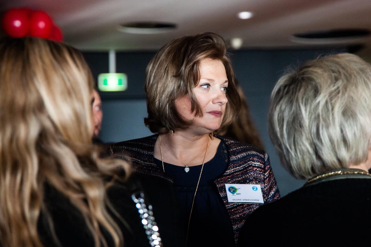une invitée - photoreportage pour gan patrimoine, convention nationale 2018 au grand palais de lille.jpg