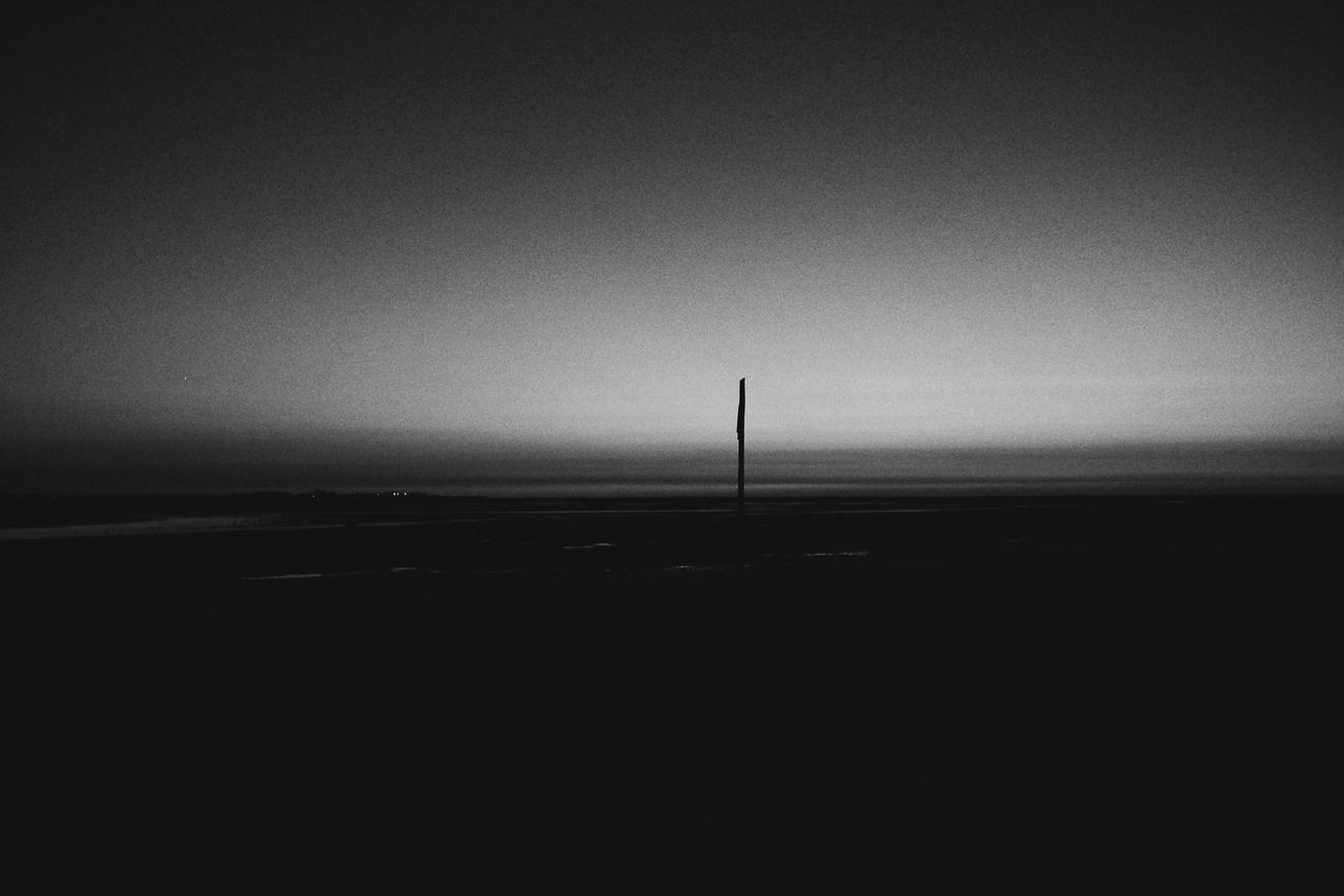 photo fine art noiretblanc projet mémoire de rêvelise rohart - un solitude sur l'horizon.jpg