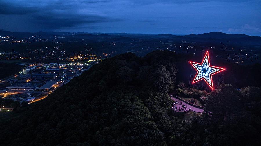 mill-mountain-dusk-star-city-skycams.jpg