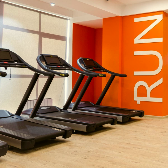 Gym - Be on your toes spending a minimum of time and money - discounts on attending Change fitness hall