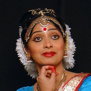 NANDINI MANDAL - Founder & Artistic Director