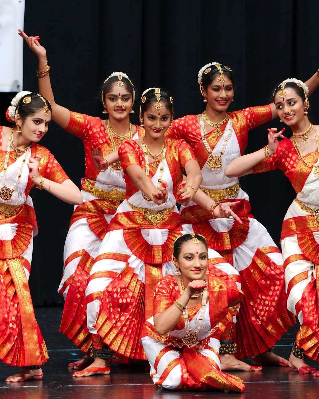 Lok Nritya - Folk Dance - Learn more ➝
