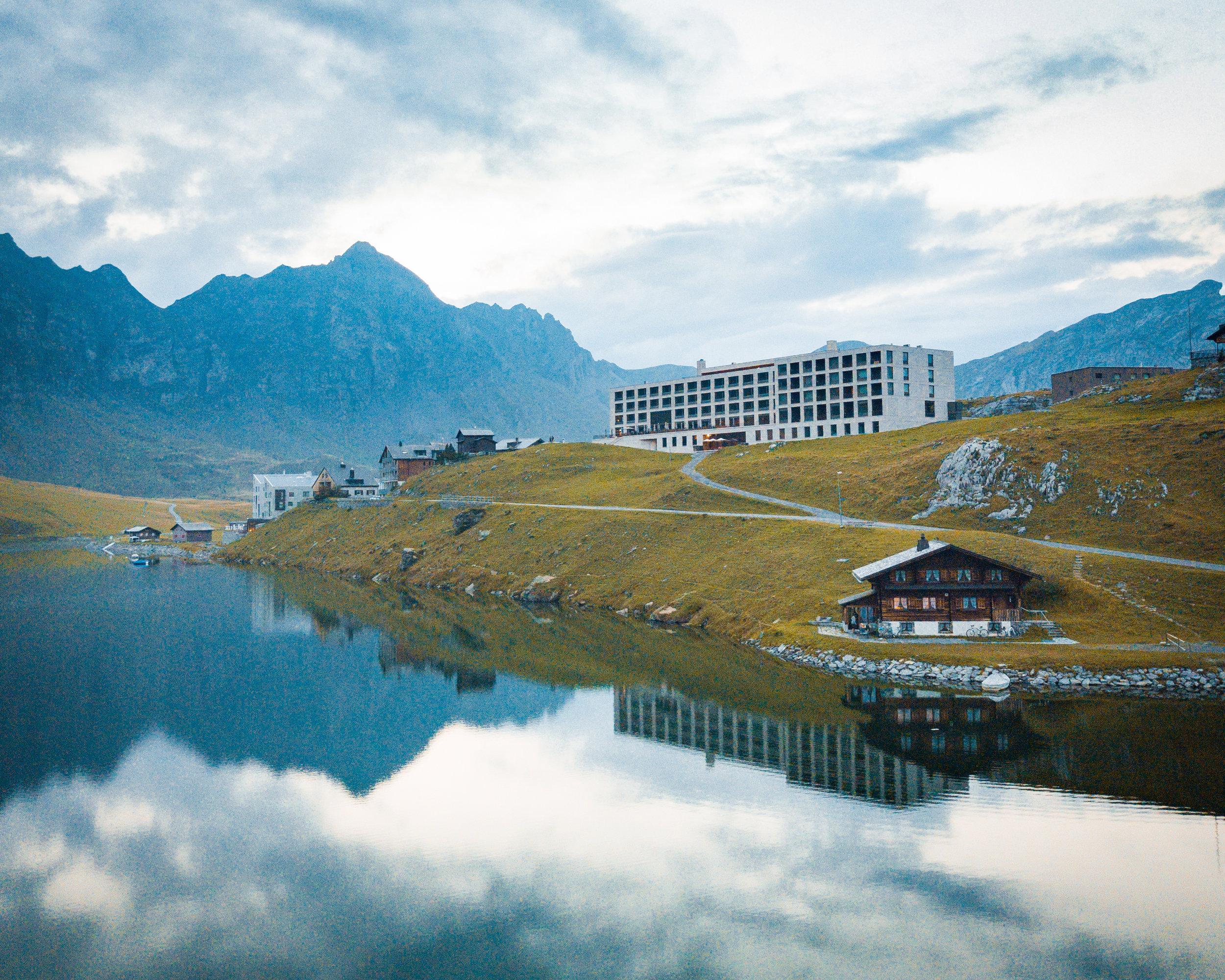 Hotel 13.jpg