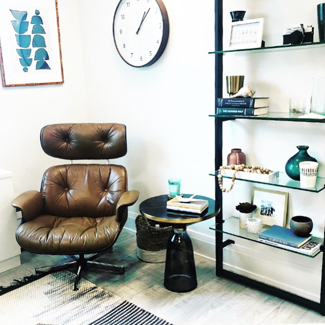 office_chairandshelves.JPG