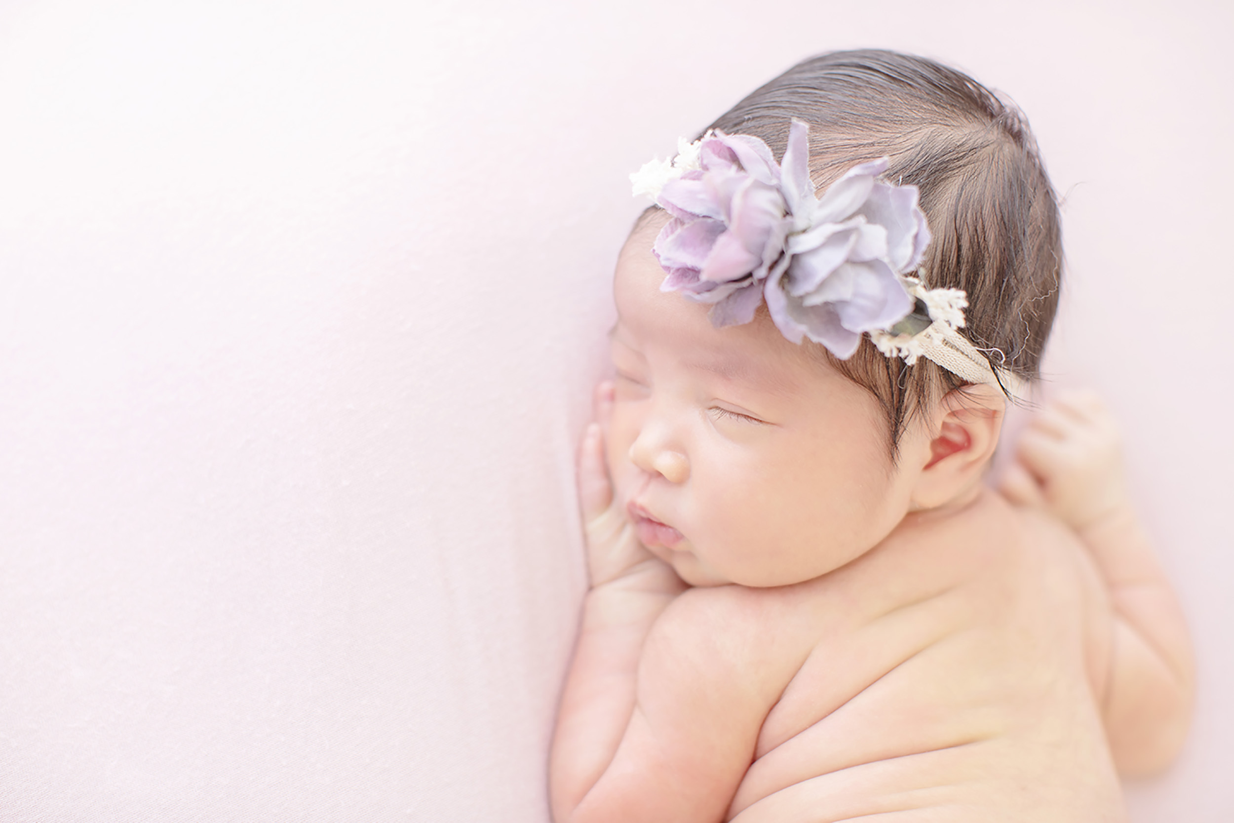 newborn-girl-cheeks_header.jpg