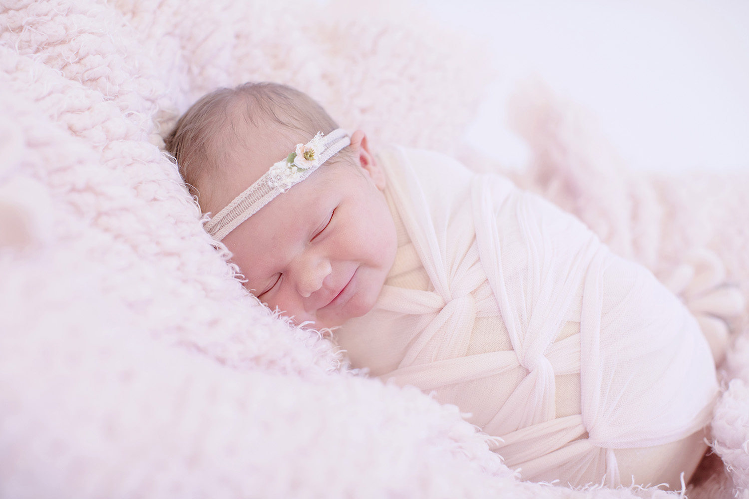 newborn-swaddle-ocean-springs-mississippi-photographer.jpg