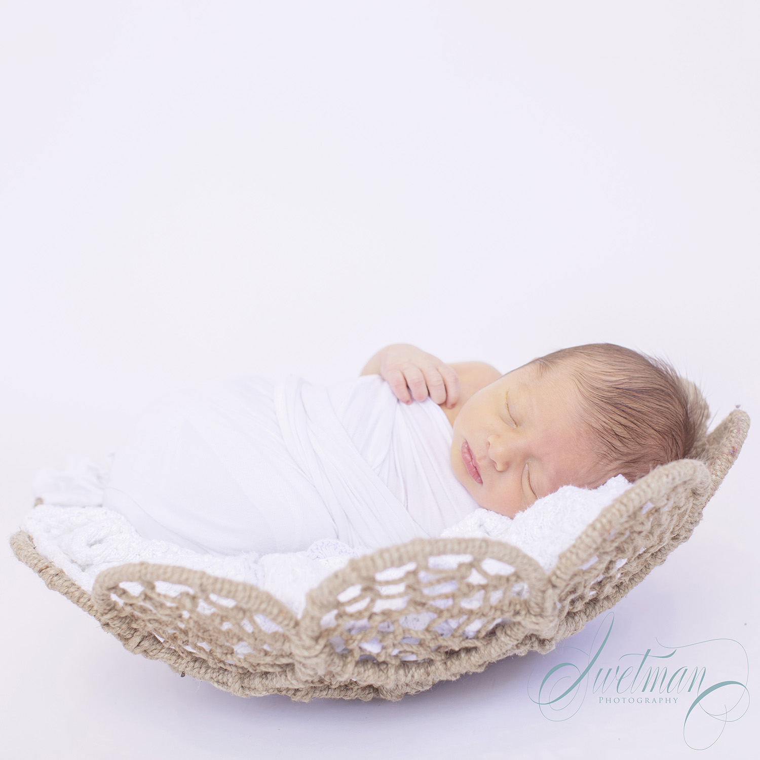 Newborn-Baby-Basket-Swaddle.jpg