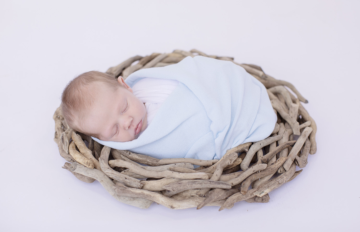 Newborn-Photography-Driftwood-Baby-Boy.jpg