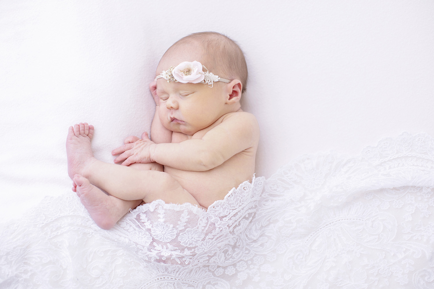 Newborn-Lace-Photograph.jpg