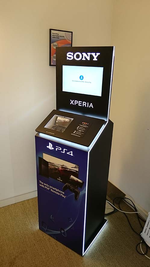 Xperia & PlayStation Remote Play . mobile operators . worldwide