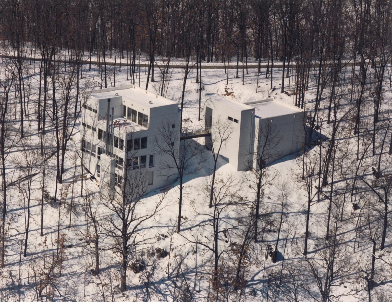 Roof Residence-Ext02.jpg