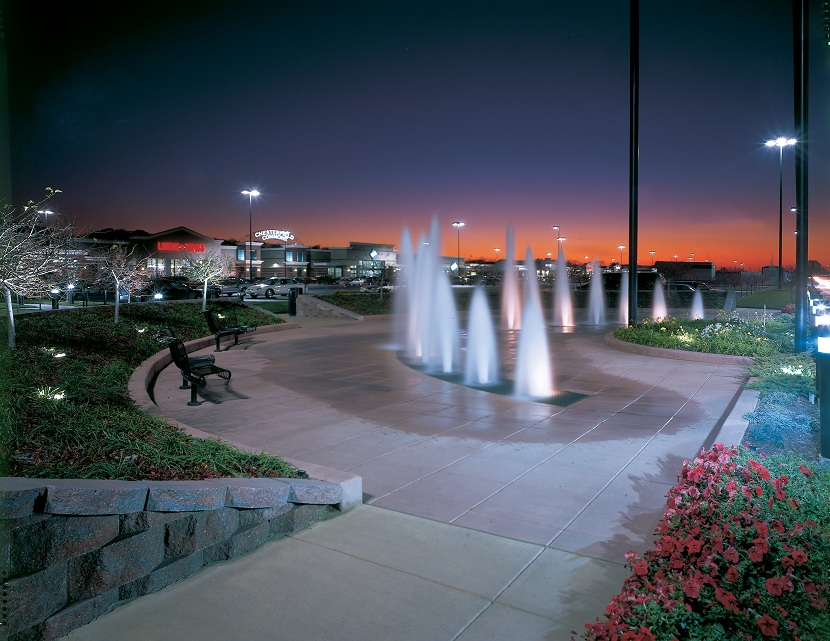 Chesterfield Commons - Fountains - Night.jpg