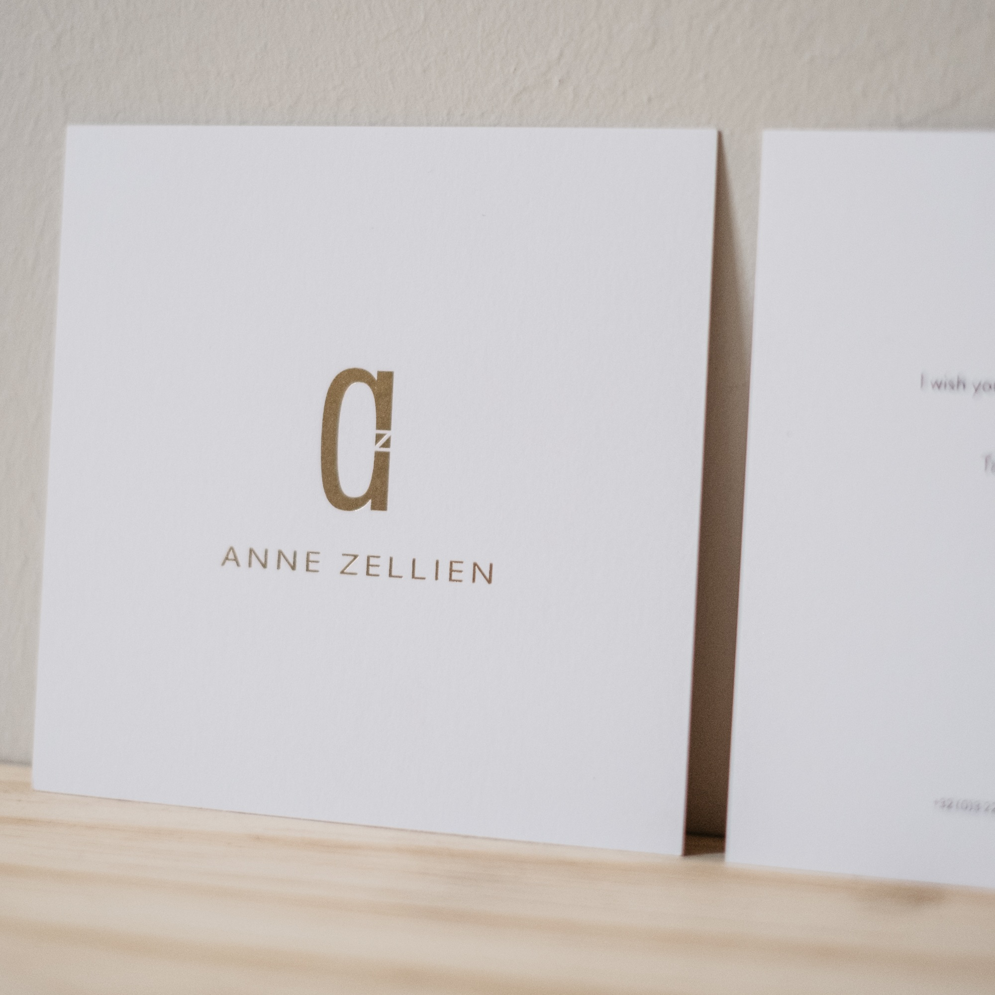 ANNE ZELLIEN.     social media + marketing consultancy. graphic design.