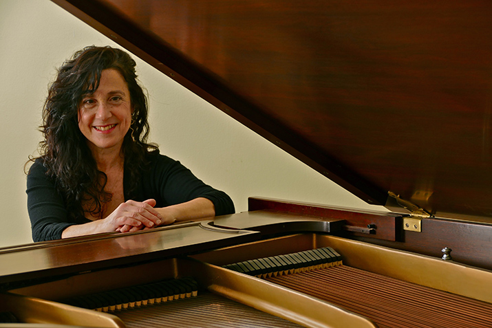 Peggy Reich - Classical Pianist & Piano Professor
