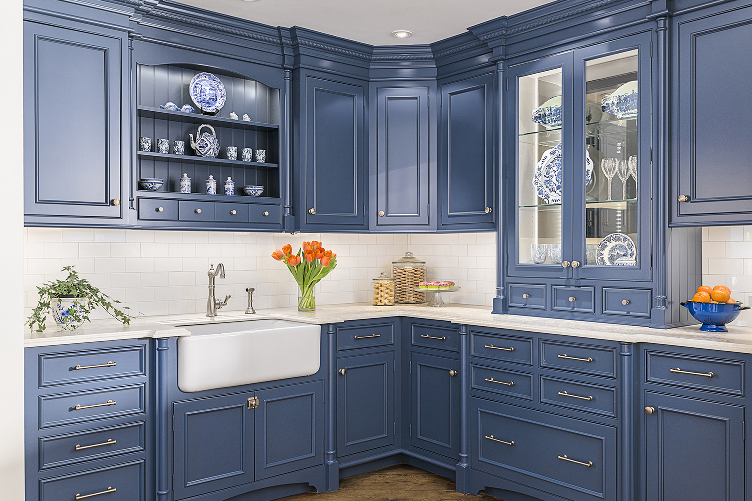 Blue English Country Kitchen
