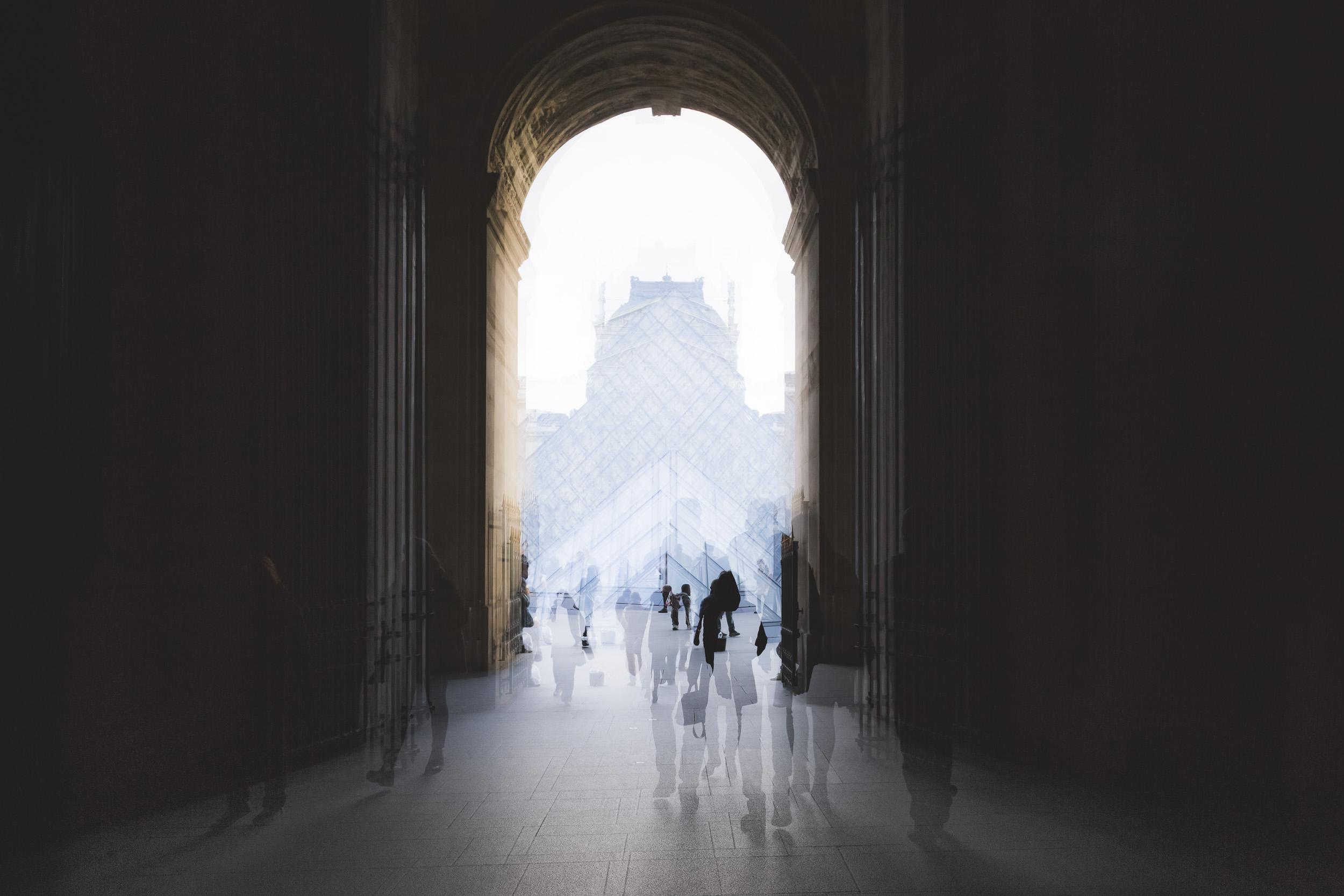 Paris-Louvre-people-walking-dreamlike.jpg
