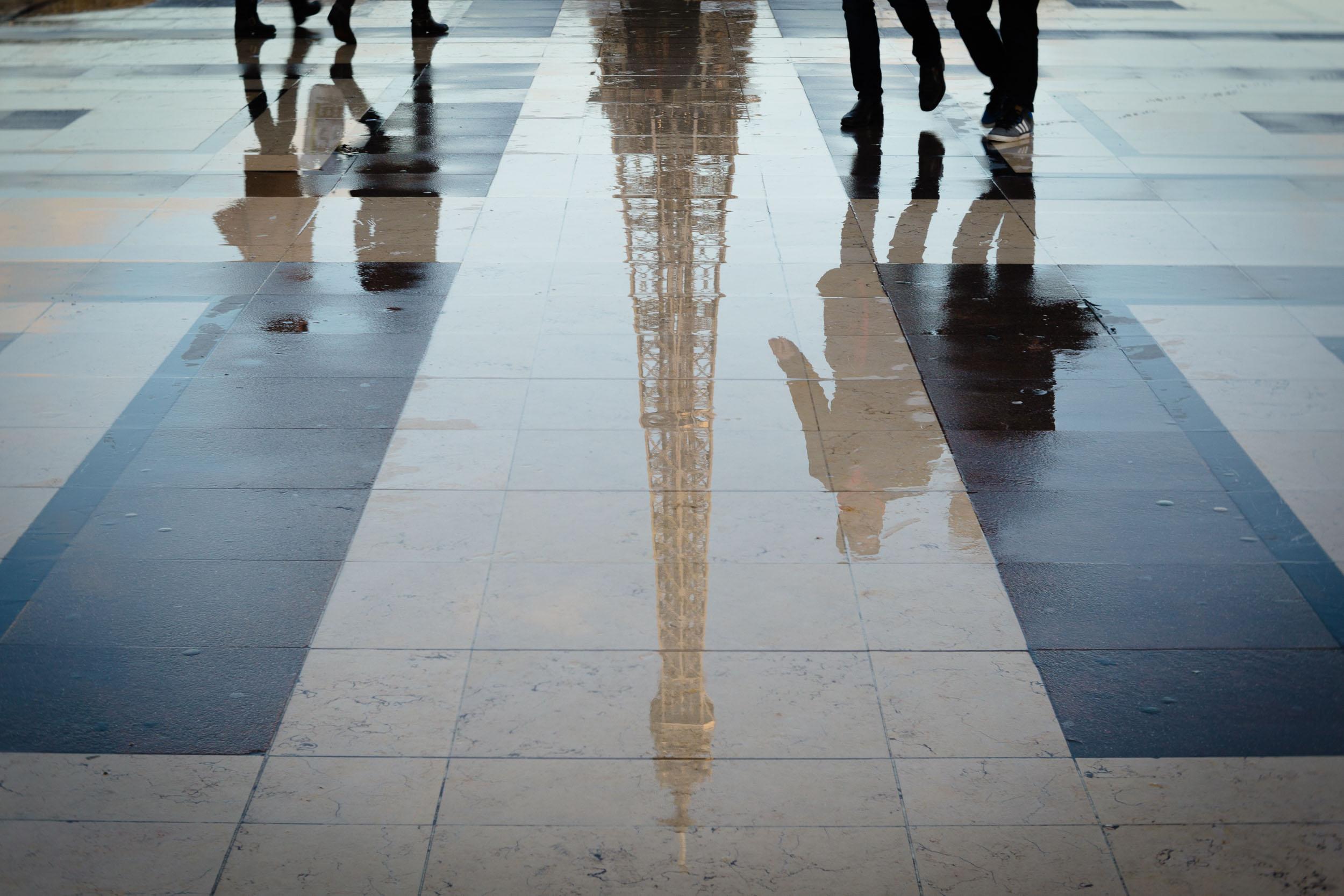 Paris-Trocadero-reflection-Eiffel-Tower-upside-down.jpg