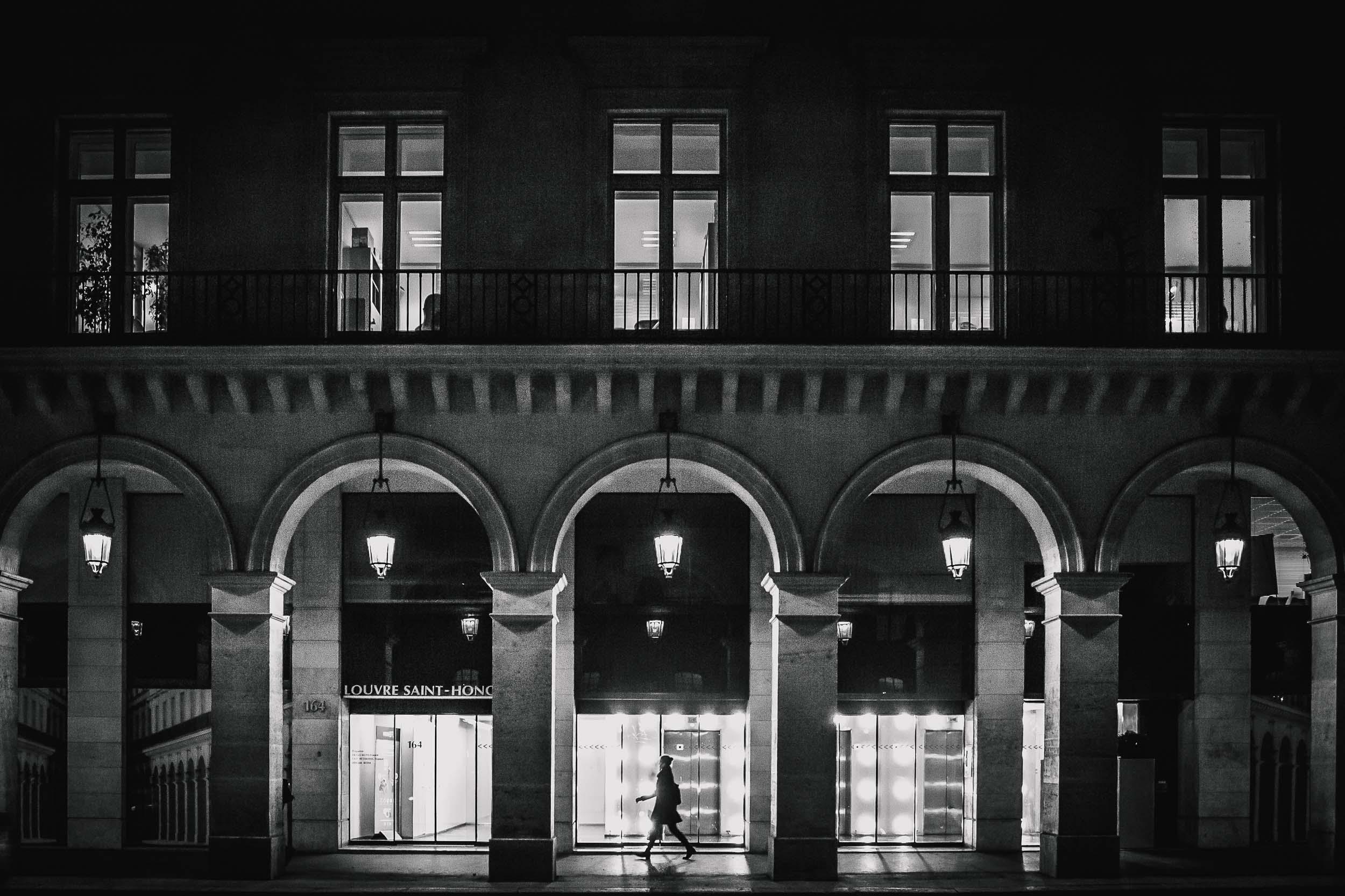 Paris-woman-walking-at-night.jpg