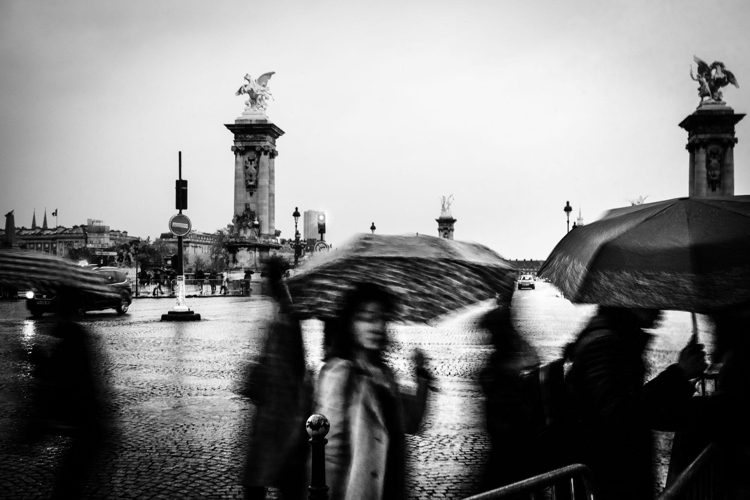 Paris-woman-with-umbrella.jpg