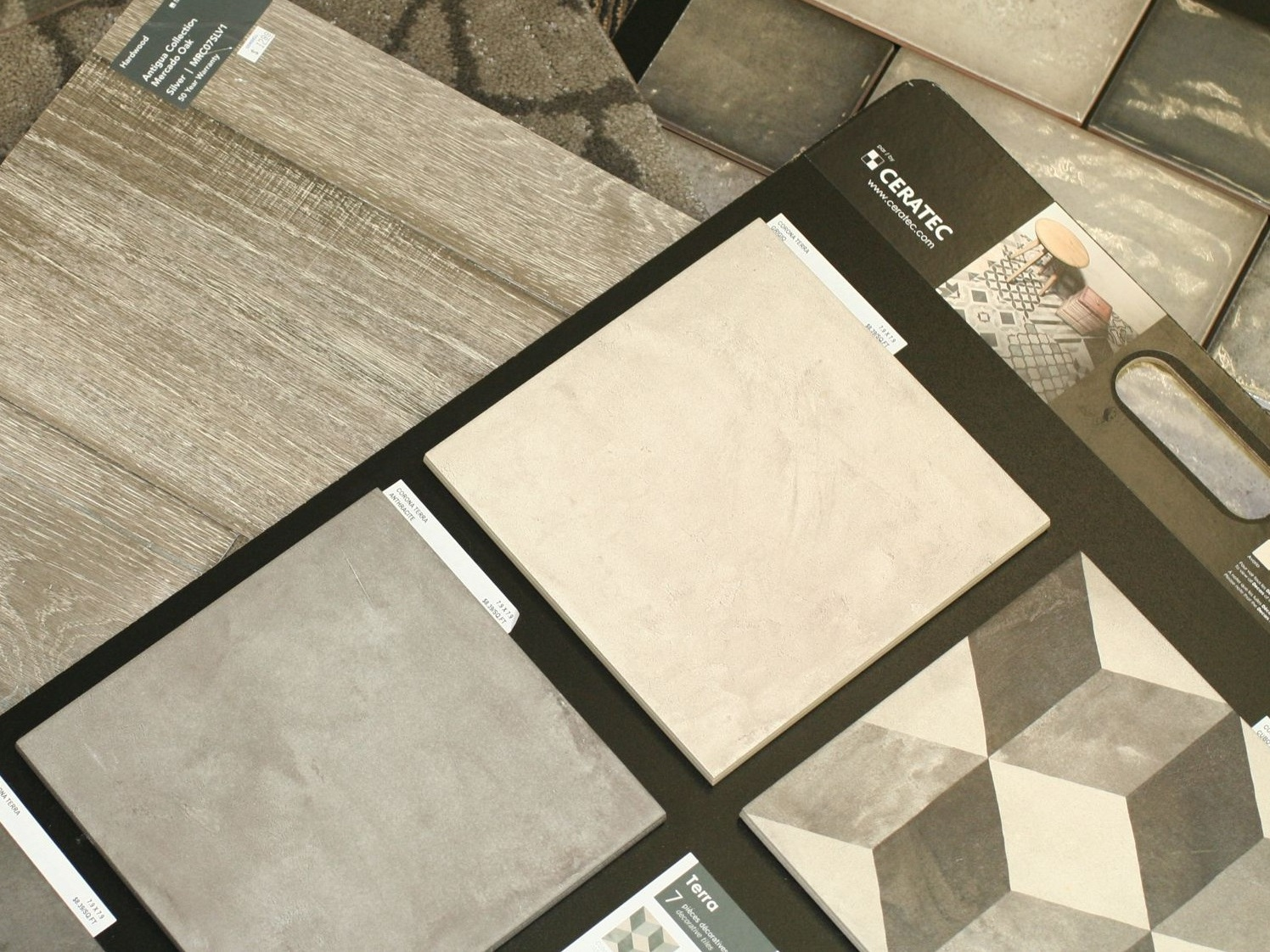 Ceramic Tile - Porcelain, Slate, Natural Stone, Glass, GraniteAll sizes from Mosaics to 24