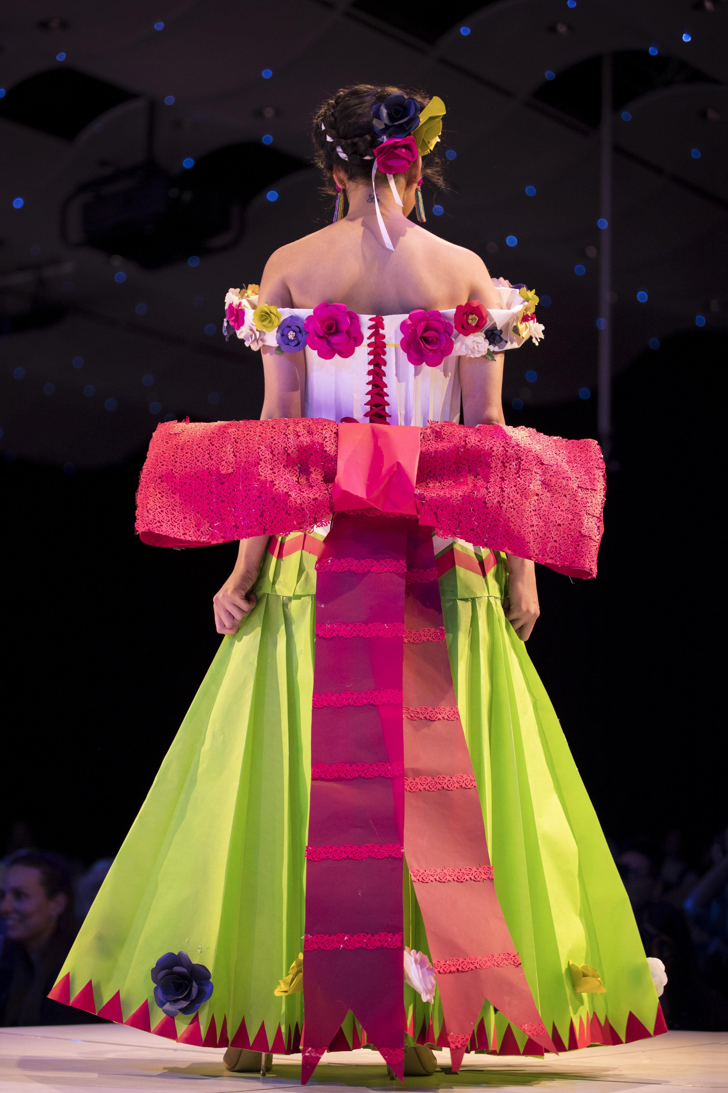 2018 Paper Fashion Show - 012.jpg