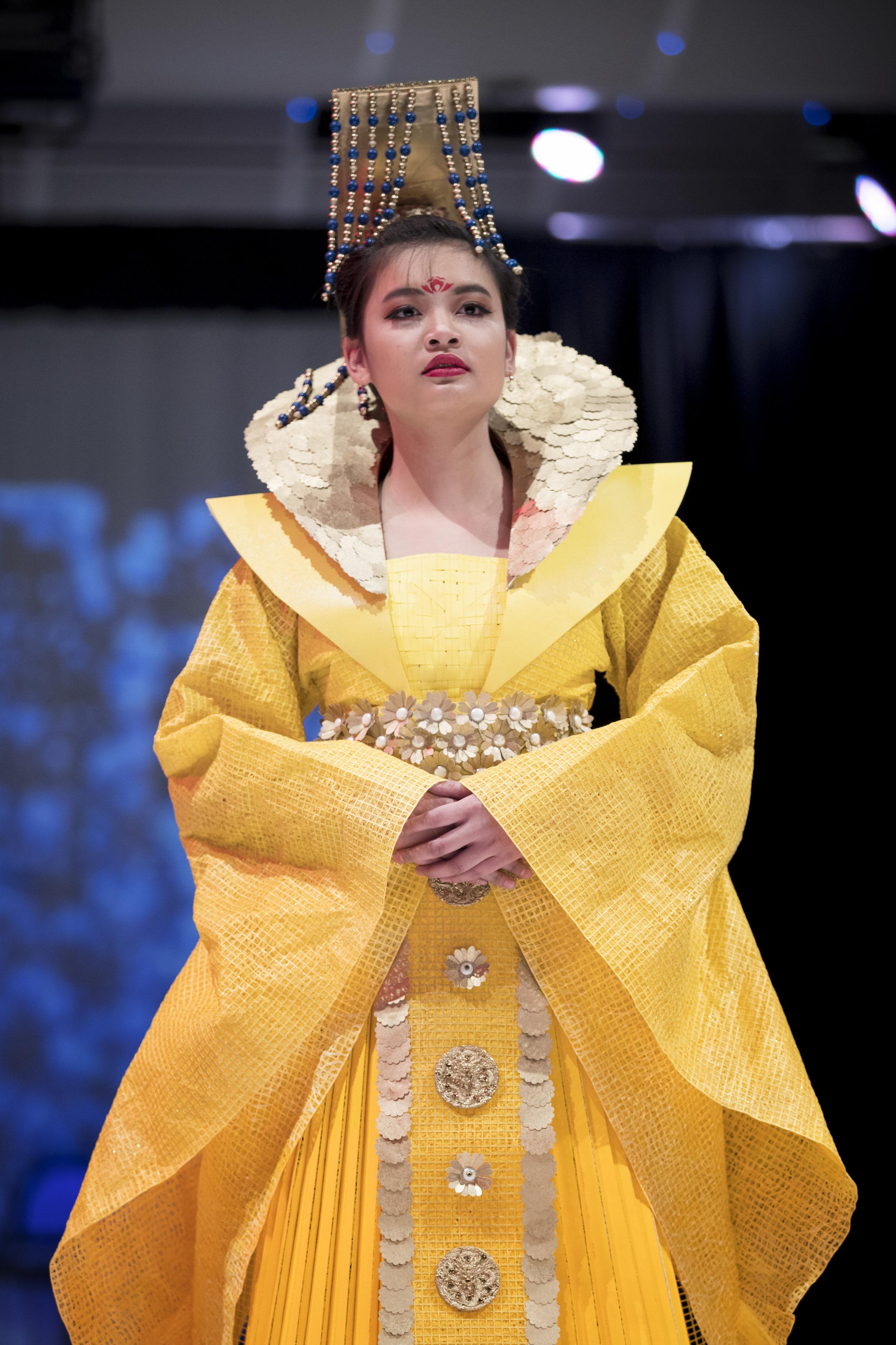 2018 Paper Fashion Show - 064.jpg