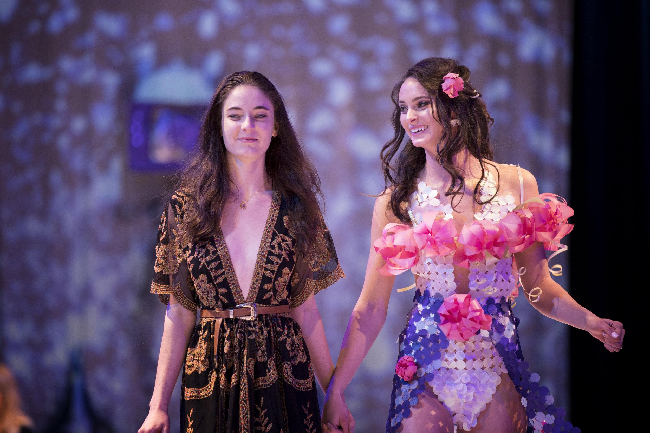 2018 Paper Fashion Show - 115.jpg