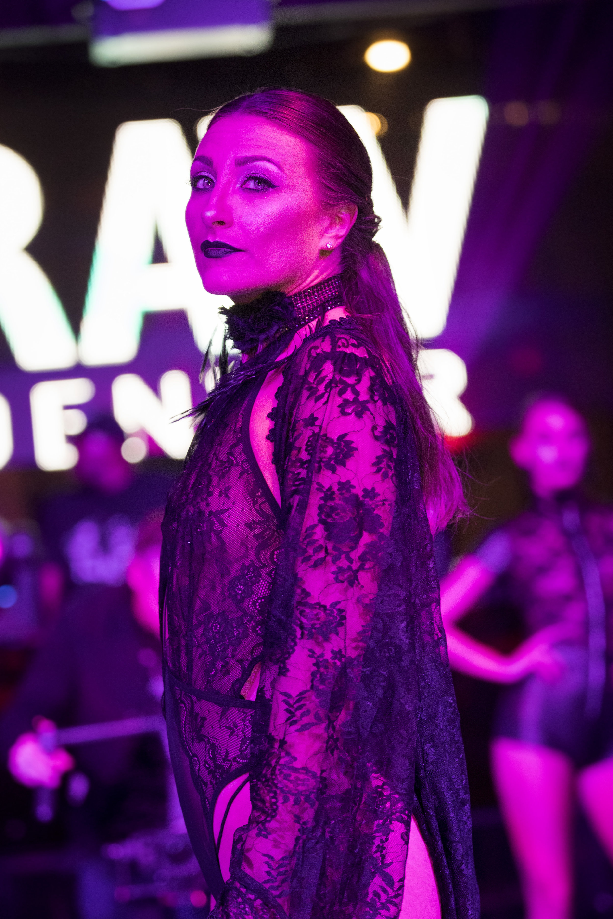 RAW SAVOR - Femme Fatele - 010.jpg