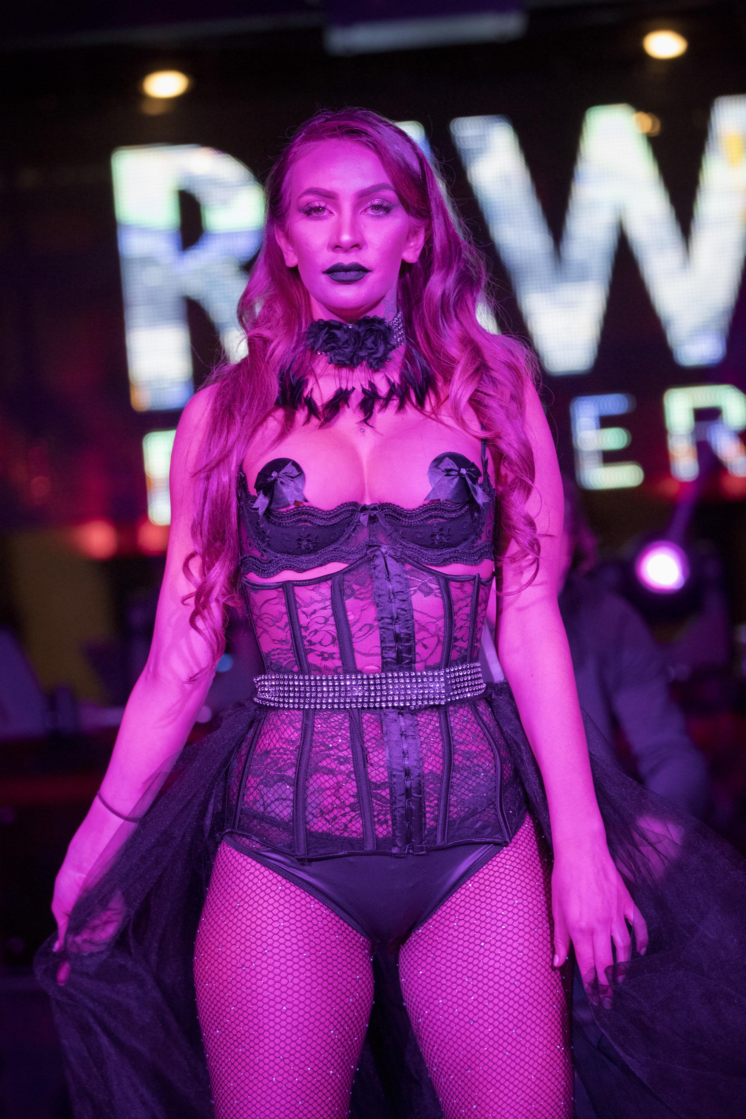 RAW SAVOR - Femme Fatele - 020.jpg