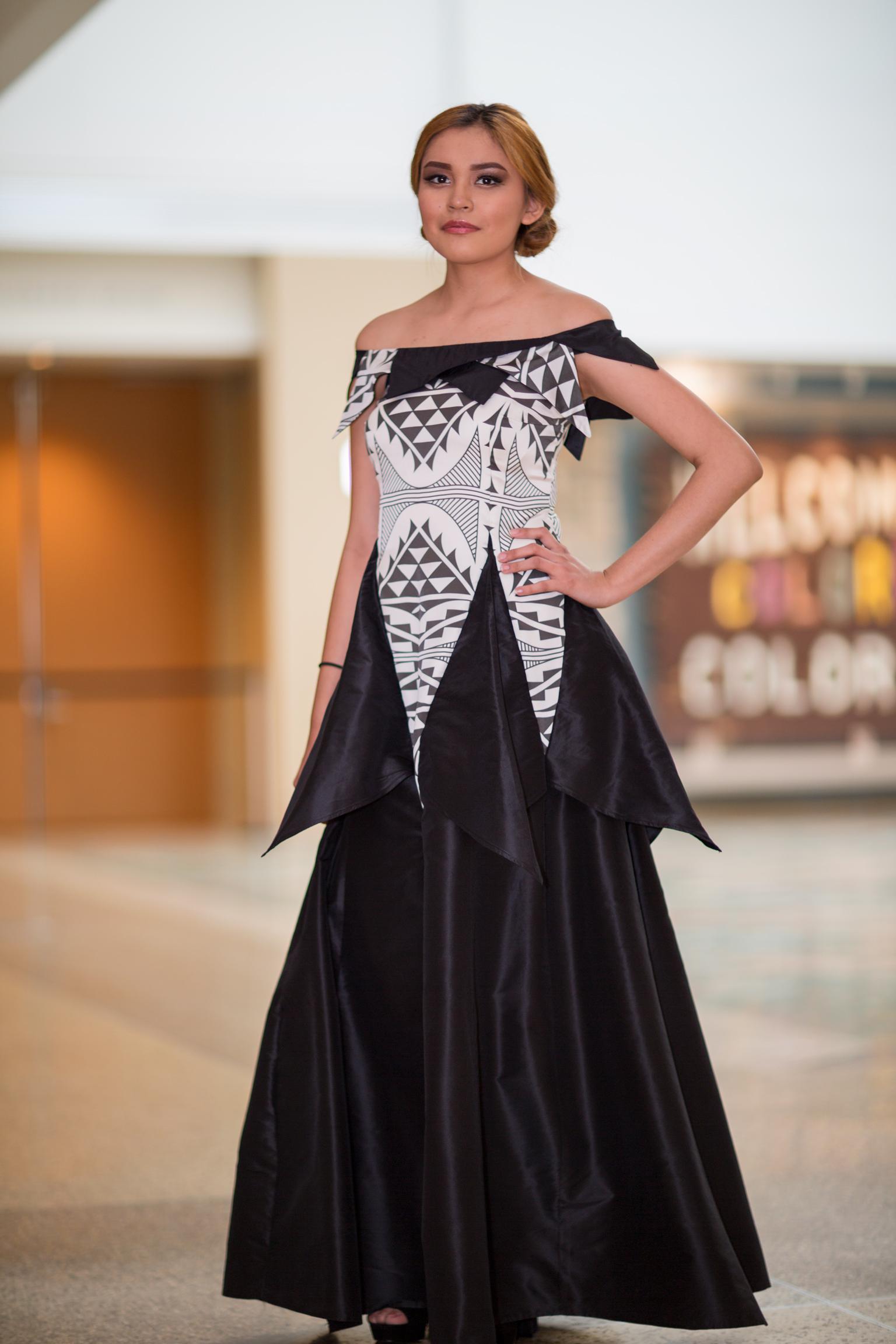 Native Fashion Show - 013.jpg