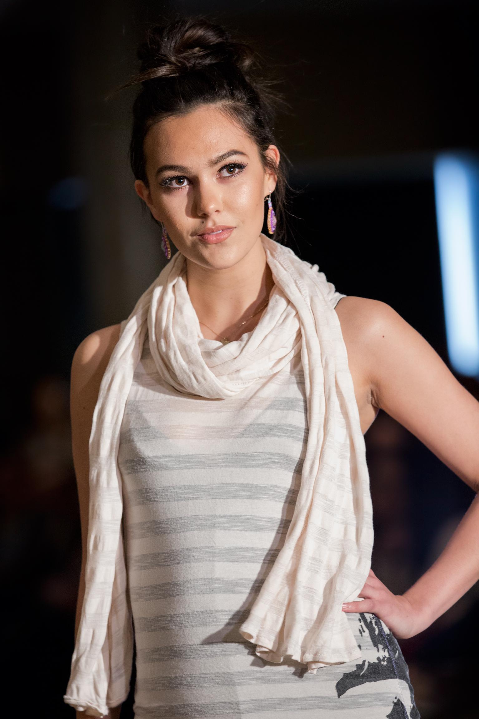 Native Fashion Show - 083.jpg
