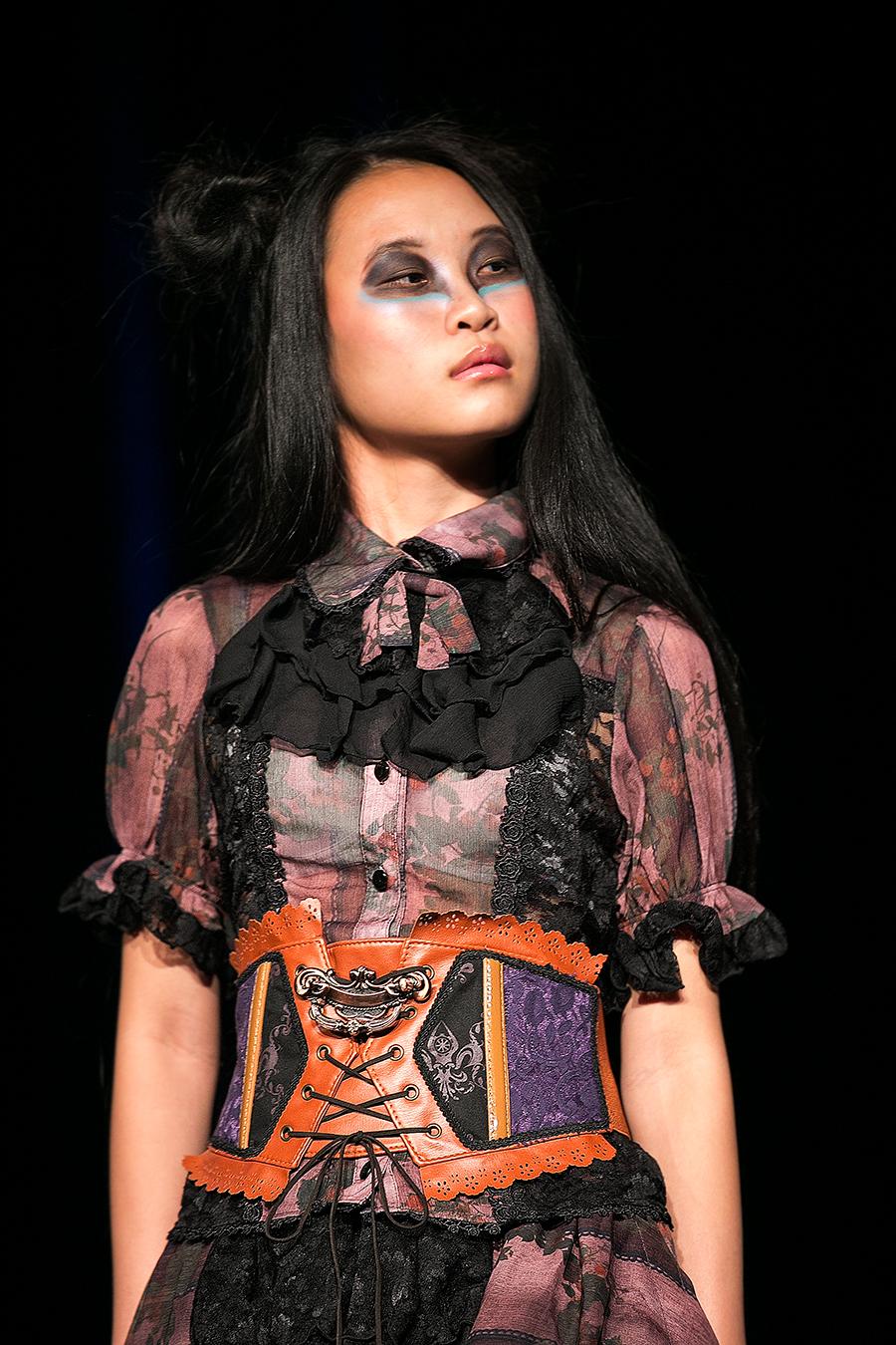 NDK 2015  h NAOTO Fashion Show - 002.jpg