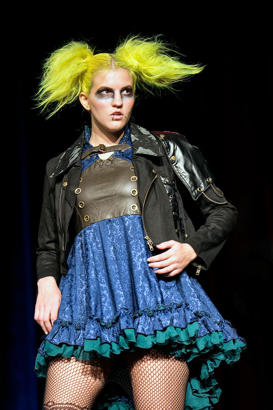 NDK 2015  h NAOTO Fashion Show - 005.jpg