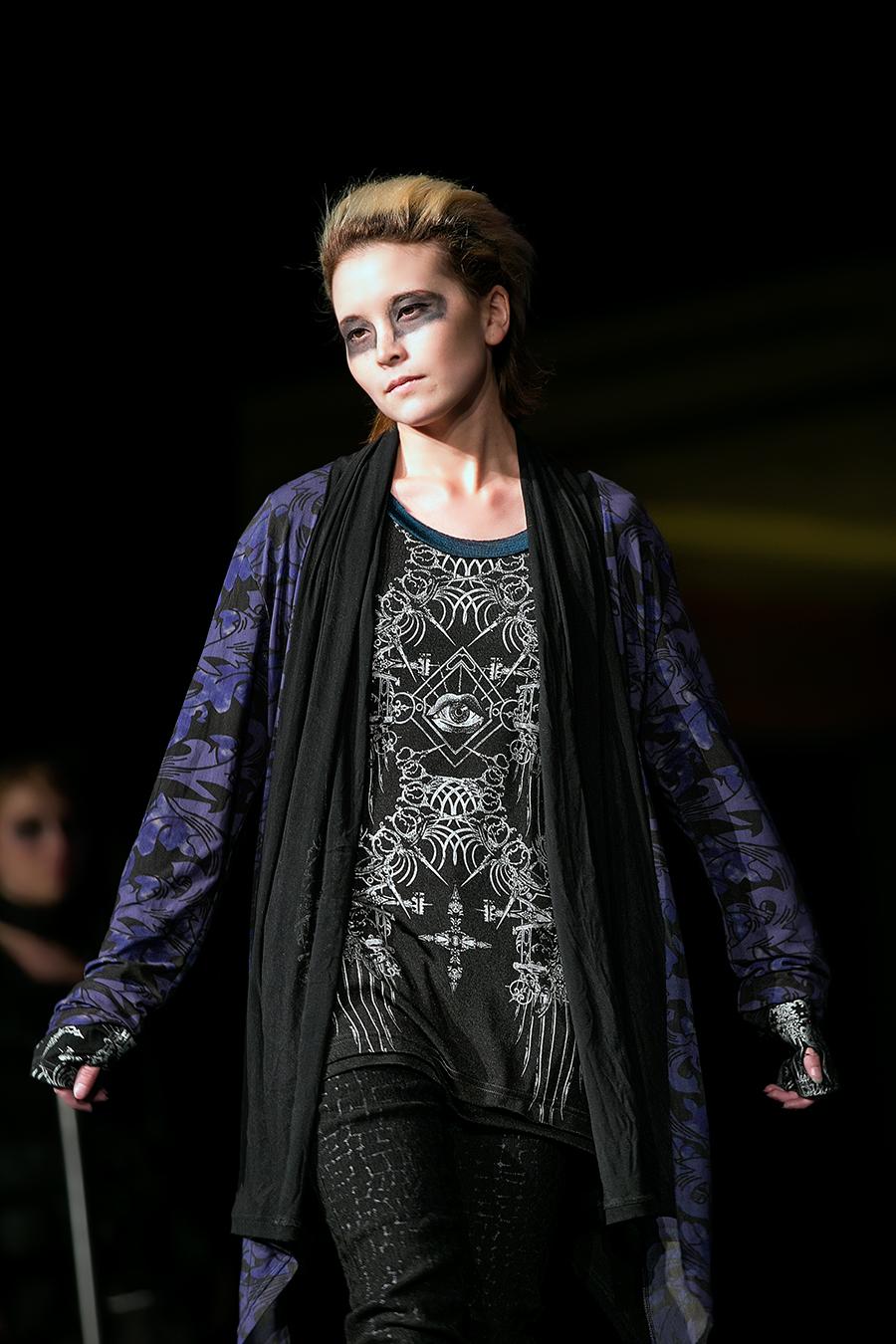 NDK 2015  h NAOTO Fashion Show - 007.jpg