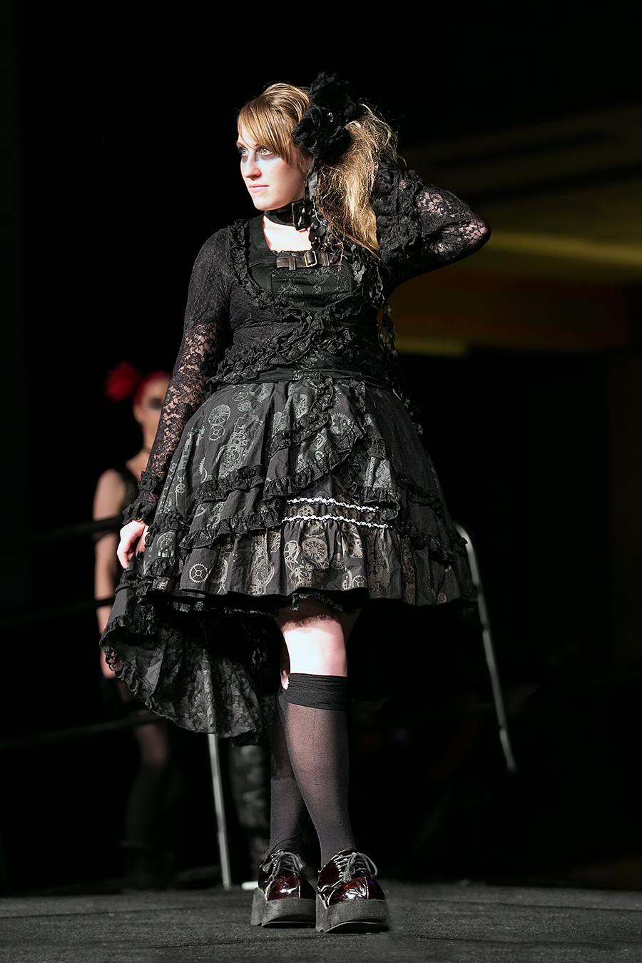 NDK 2015  h NAOTO Fashion Show - 011.jpg
