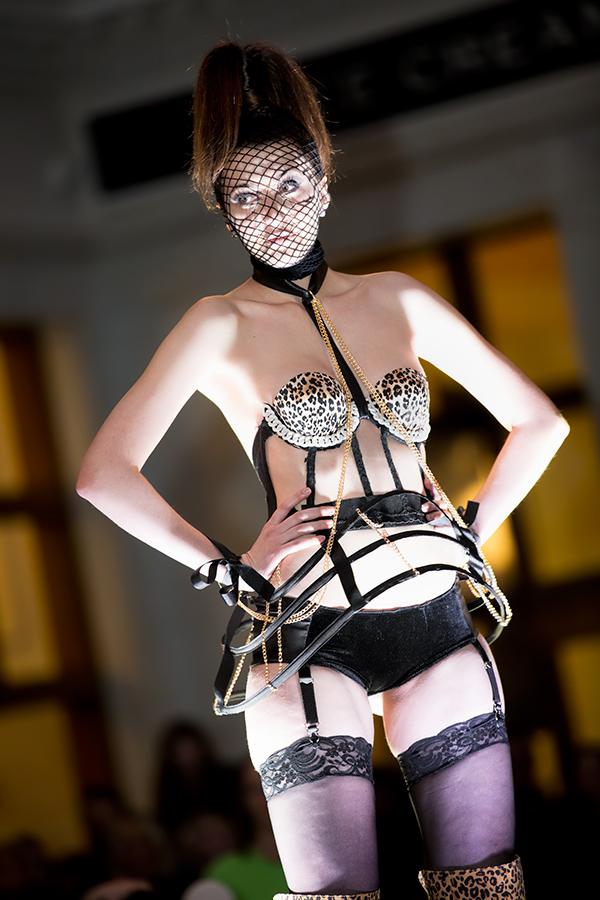 Goodwill En Vogue Fashion Show - 013.jpg