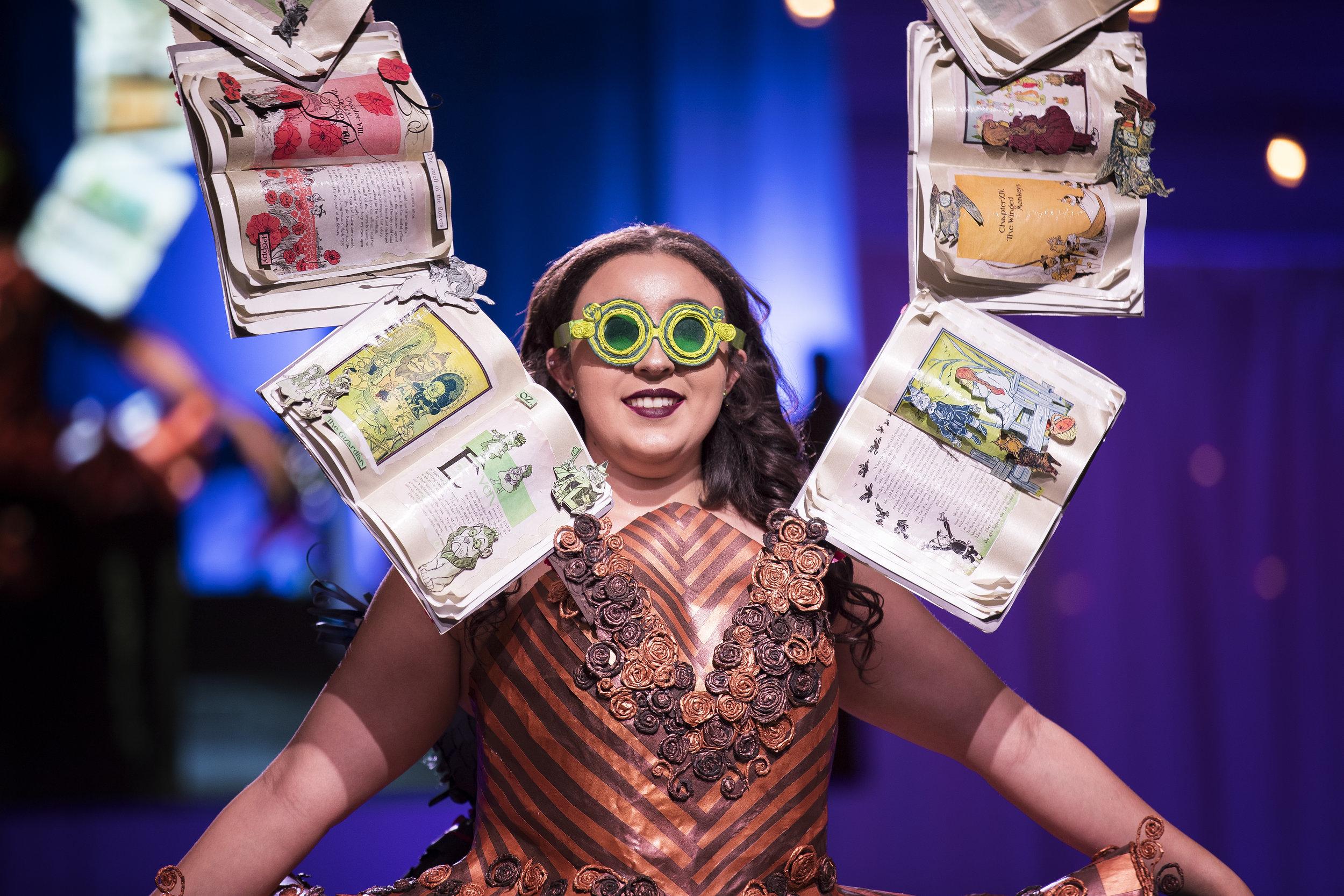 Paper Fashion Show 2019 - 004.jpg