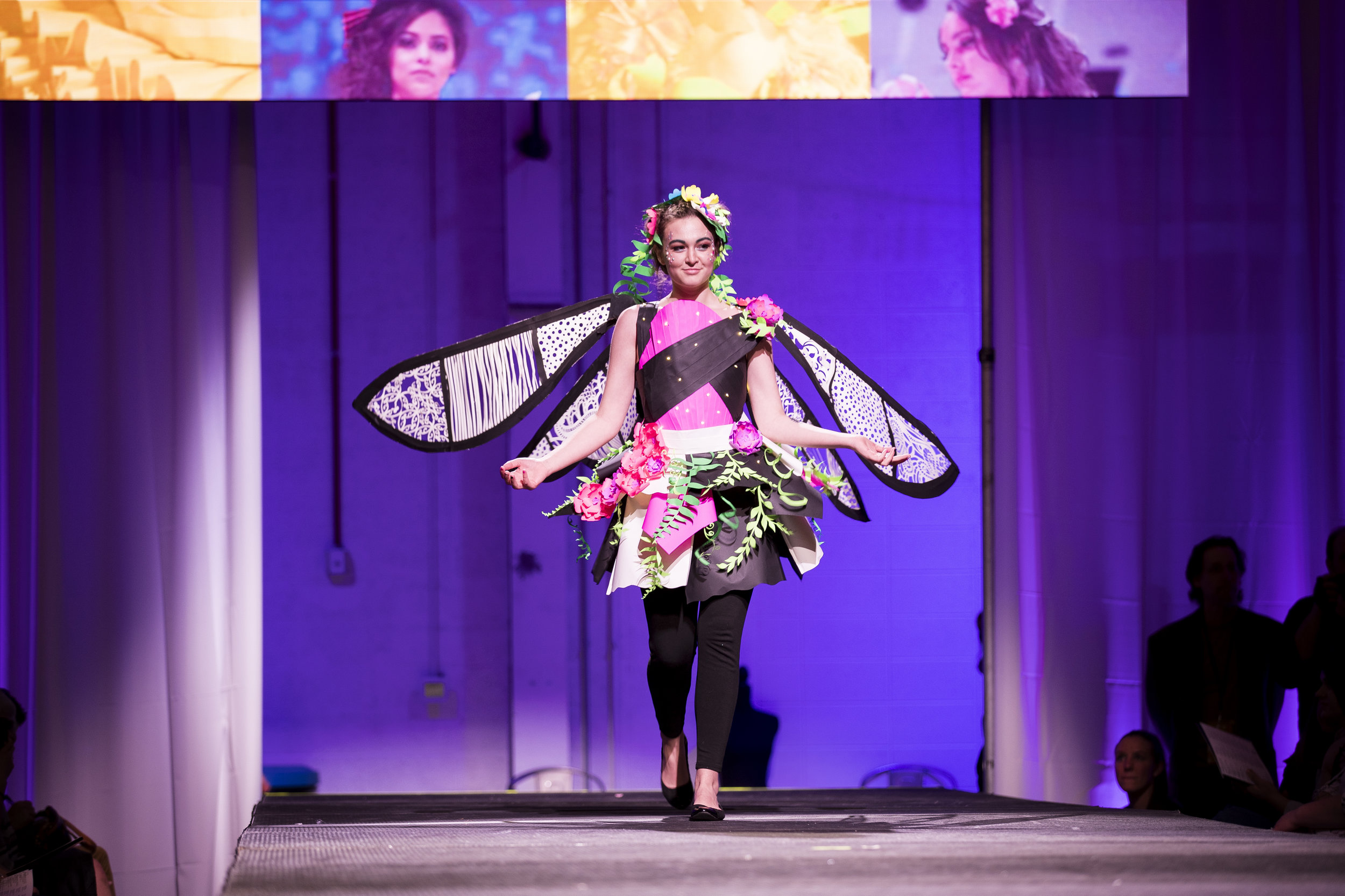 Paper Fashion Show 2019 - 039.jpg