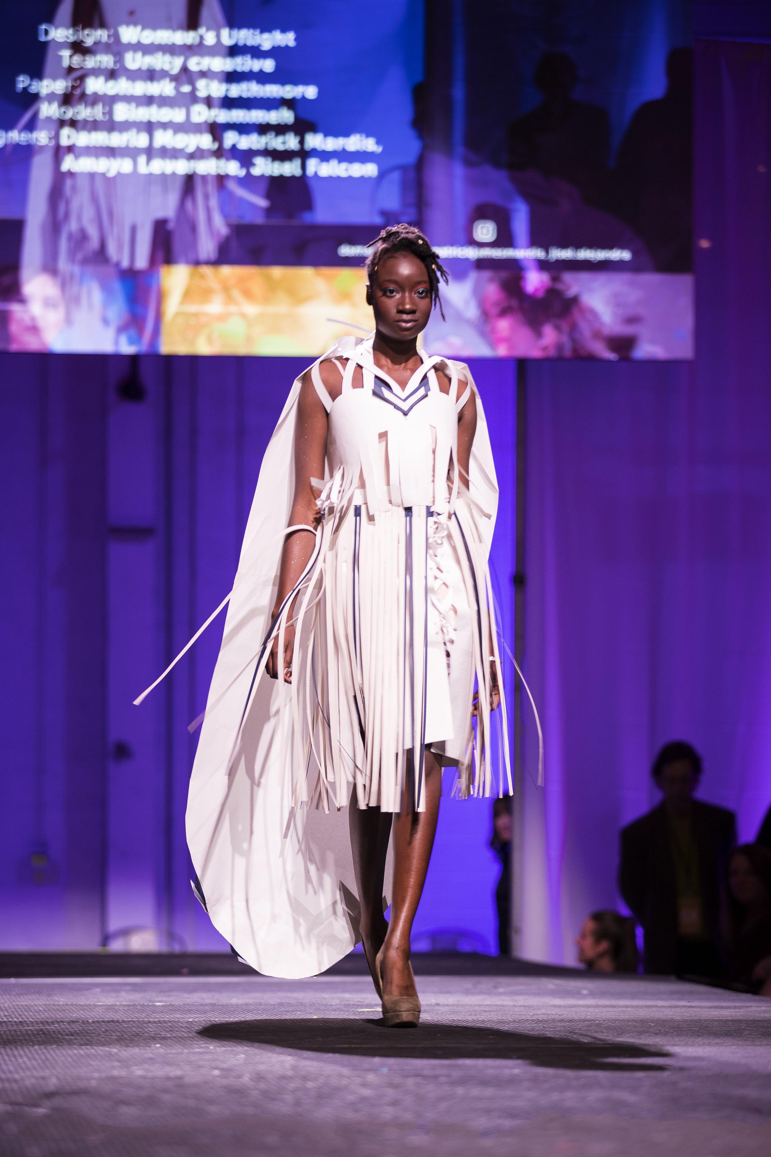 Paper Fashion Show 2019 - 047.jpg