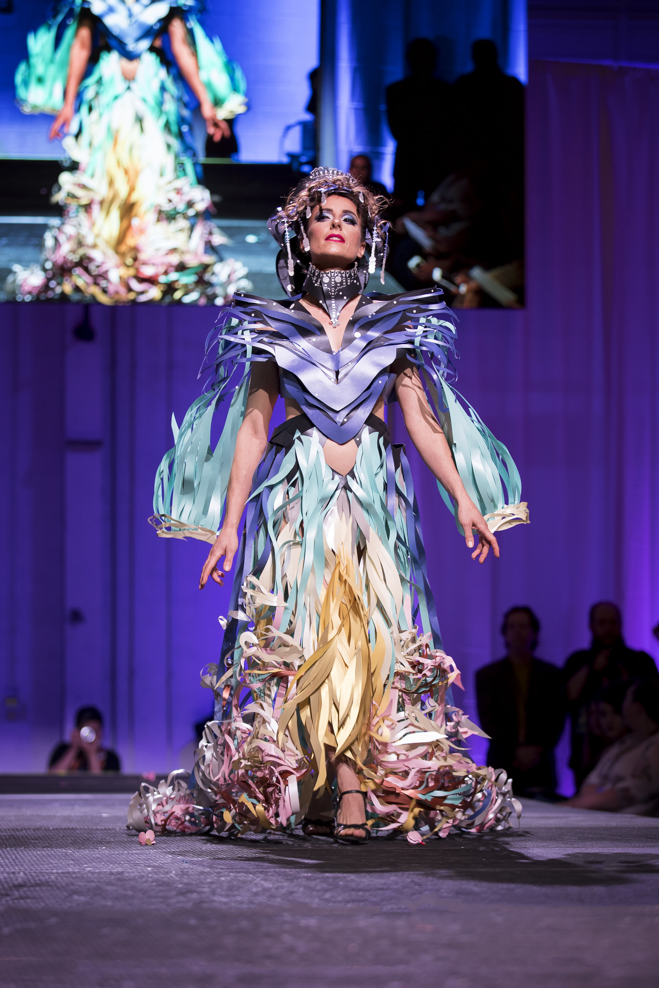 Paper Fashion Show 2019 - 082.jpg