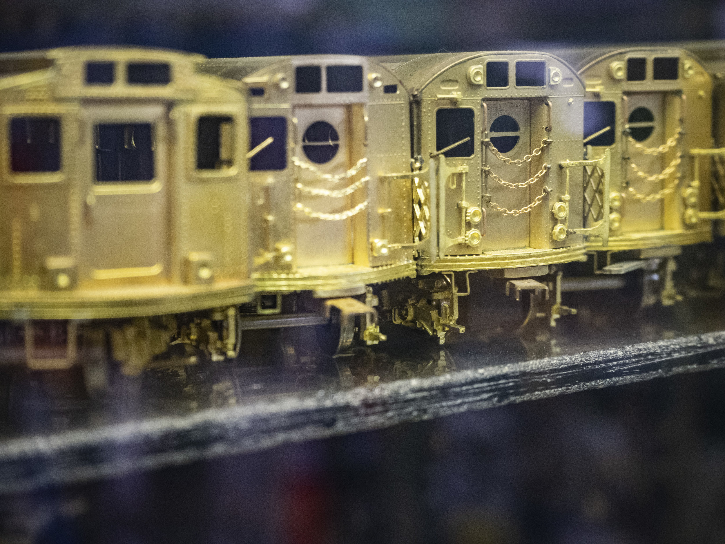 gold trains3.JPG