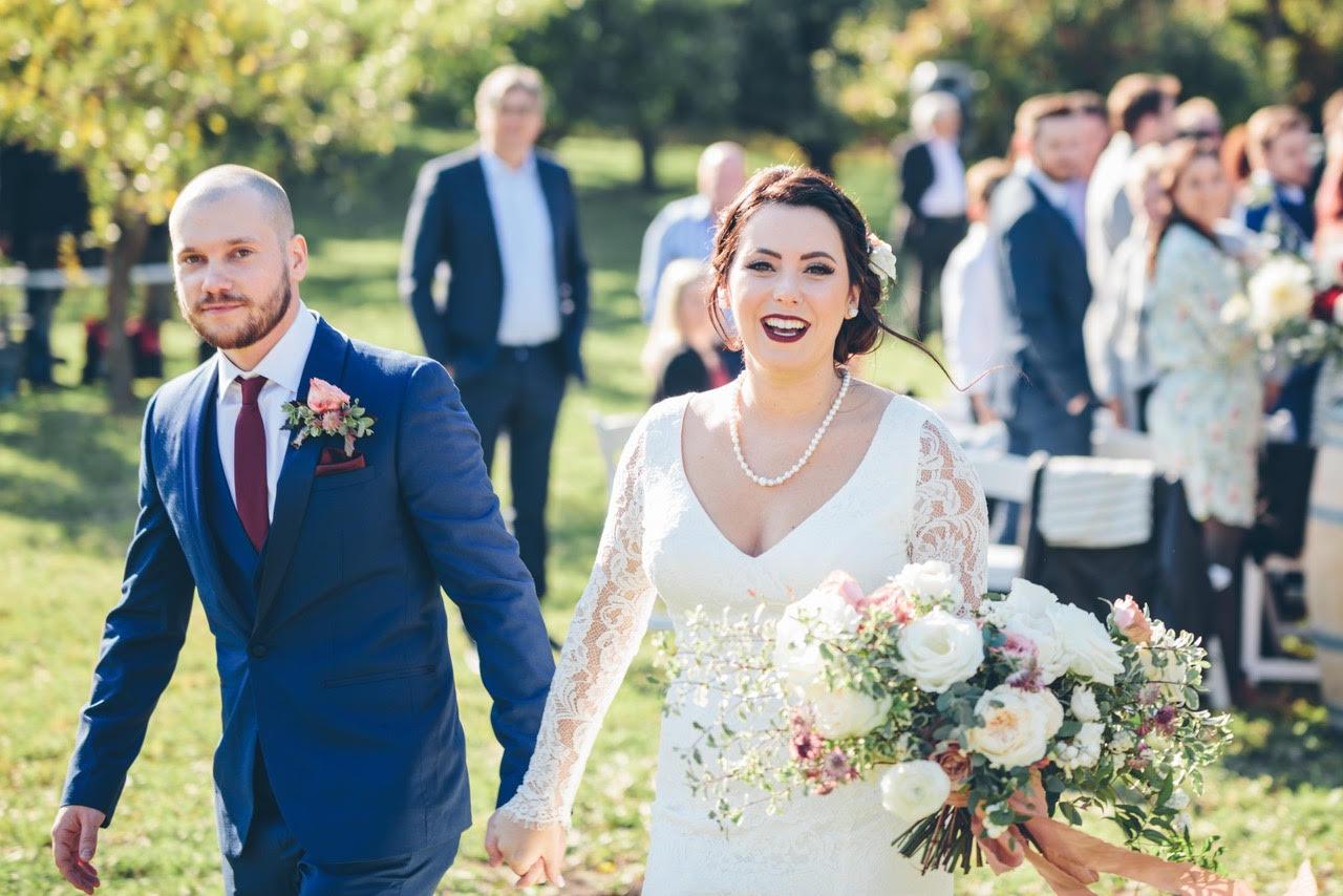 hannah & Dylan :: ARMSTRONG, BC    WEDDING