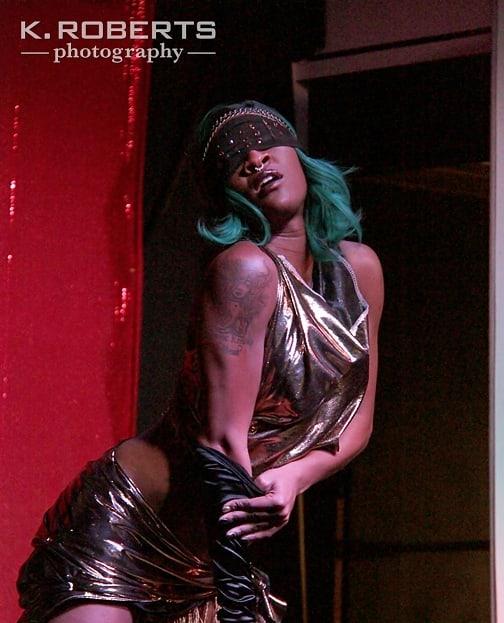 Rumor has it that @roxxy_missbehavin is working on a brand new super sexy routine for Just a Peck!  Don't miss it's debut on Fri, June 14 @crackfoxstl!  Photo: @k.robertsphotos, @cathuscreations  #thekissandtells #burlesque #burlyq #burlesk #dance #performance #goseeashow #nightlife #stlburlesque #stlburlyq